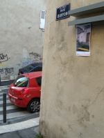 38_coin-de-rue-avec-voiture-passage-gd-texte.jpg